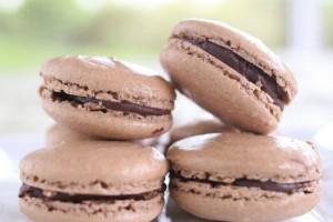 chocolate ganache macarons
